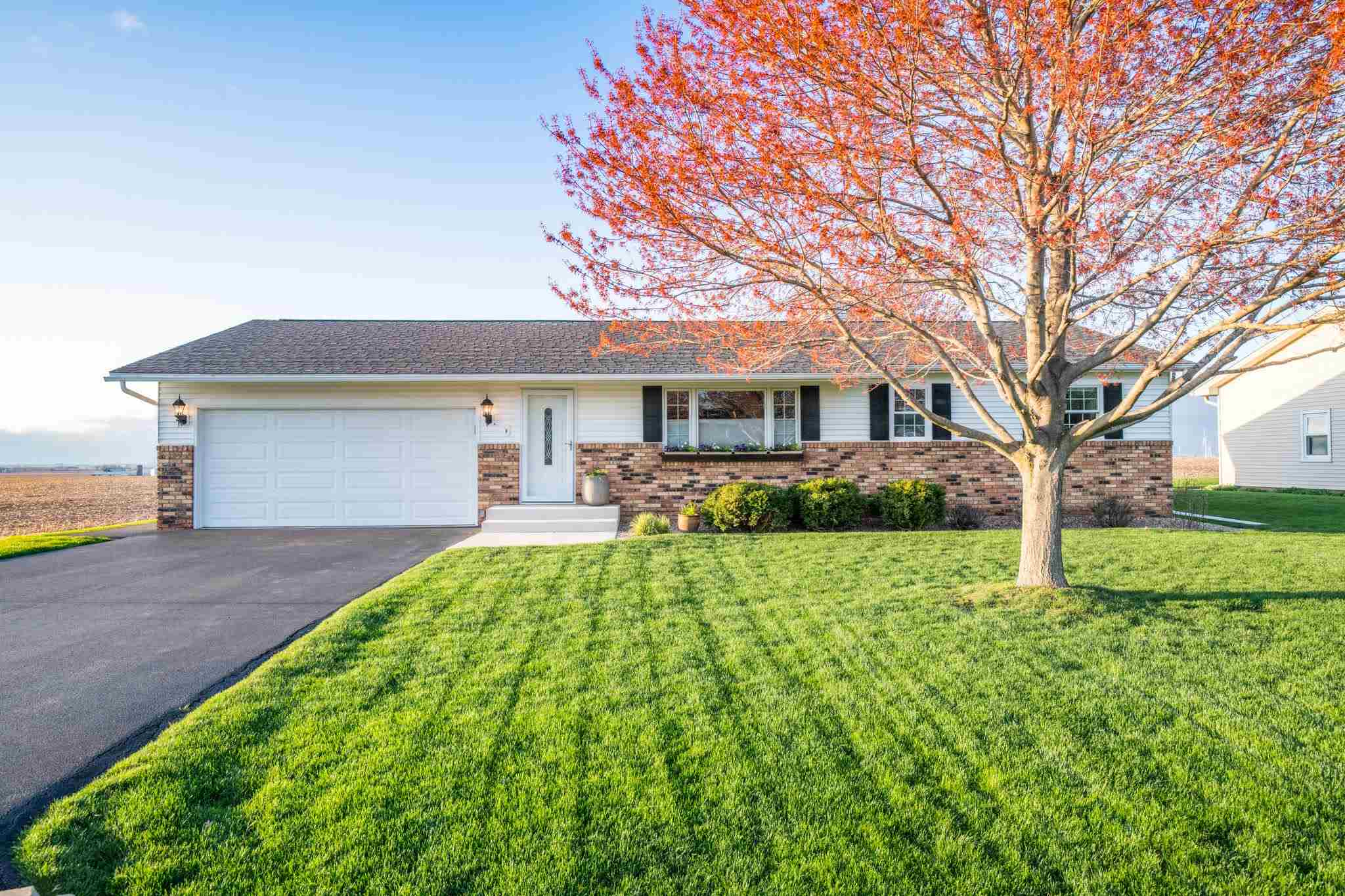 316 ENTERPRISE Property Photo - Bradford, IL real estate listing