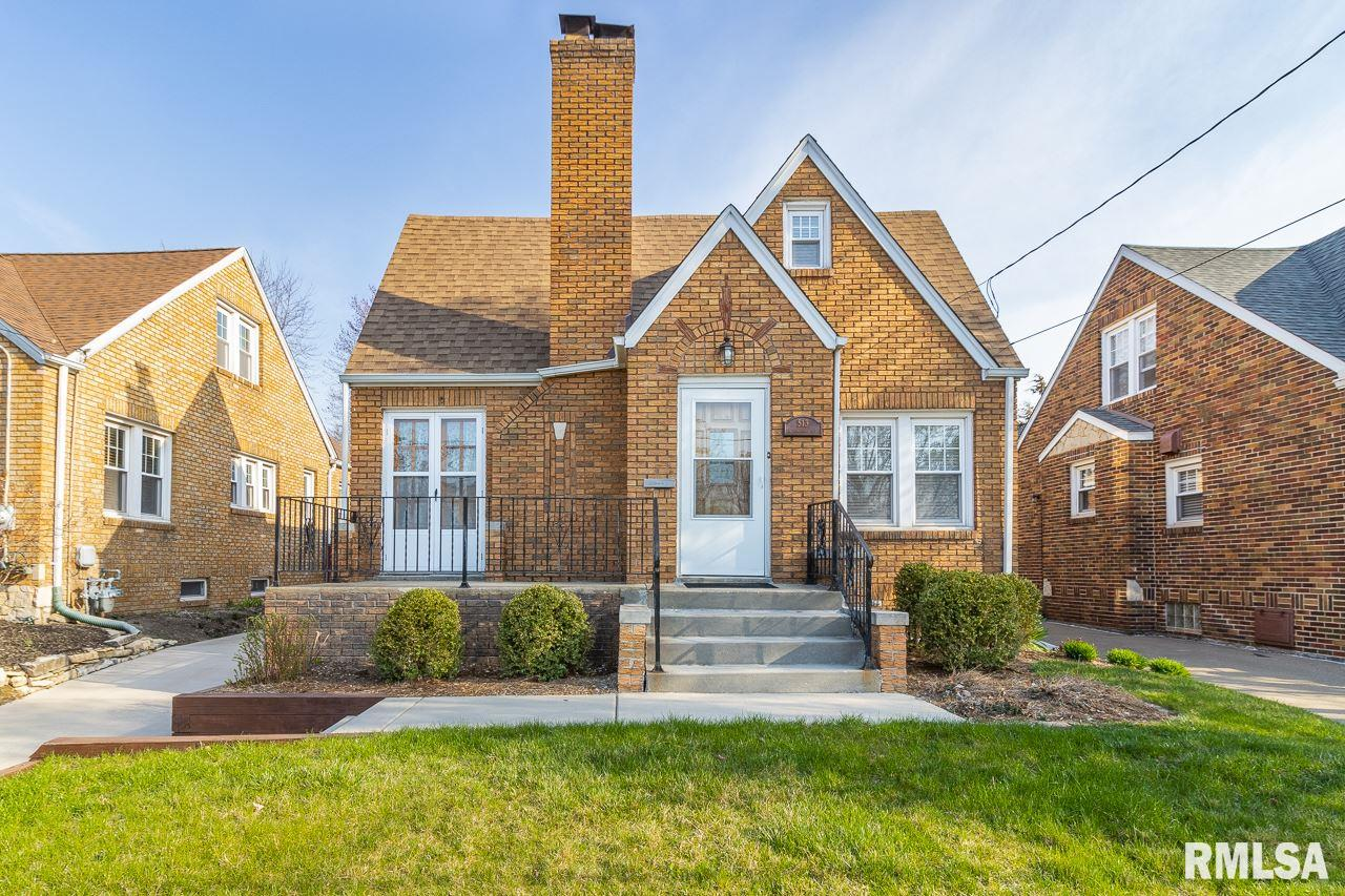 513 W LAWNDALE Property Photo - Peoria, IL real estate listing