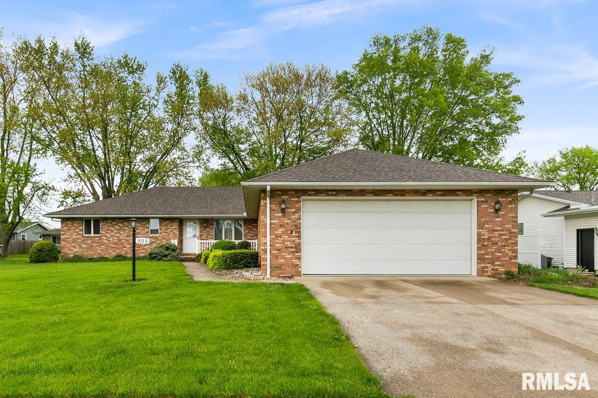 308 N HANNIBAL Property Photo - Tremont, IL real estate listing