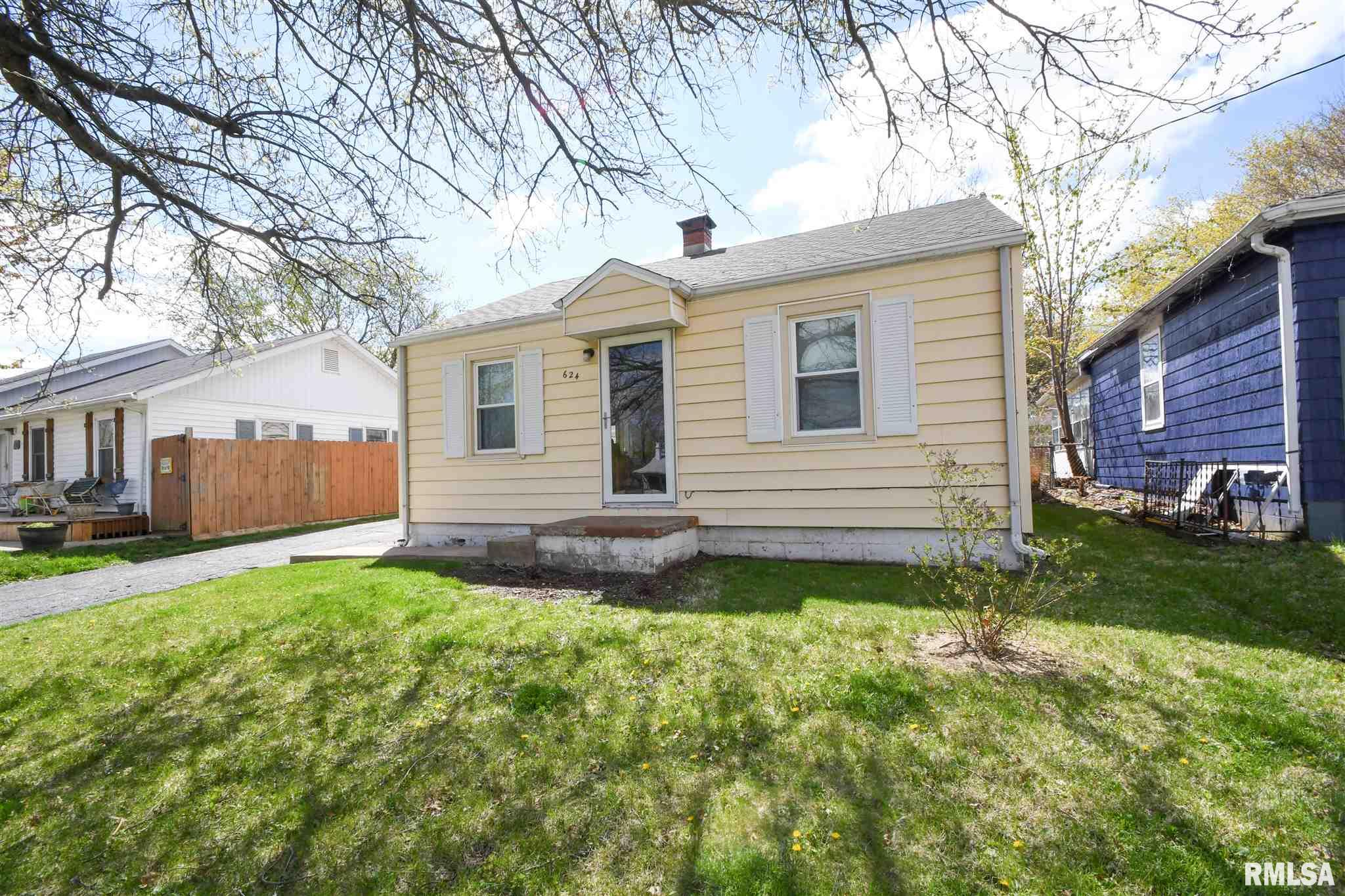 624 ROOSEVELT Property Photo - Creve Coeur, IL real estate listing