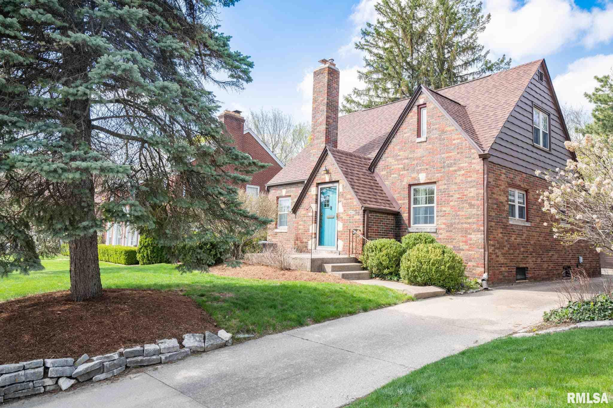 305 W MELBOURNE Property Photo - Peoria, IL real estate listing