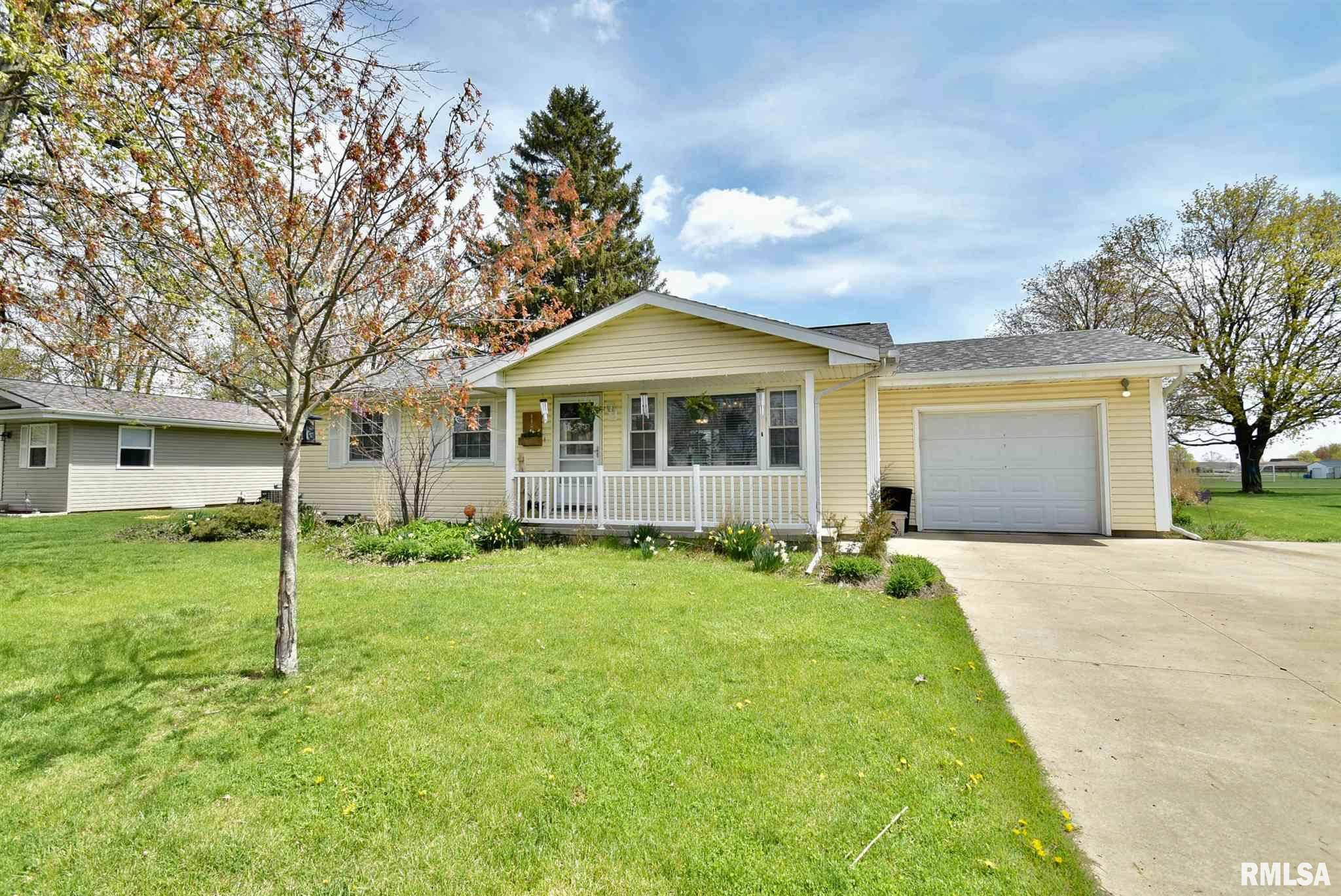 1102 N CHURCH Property Photo - Roanoke, IL real estate listing