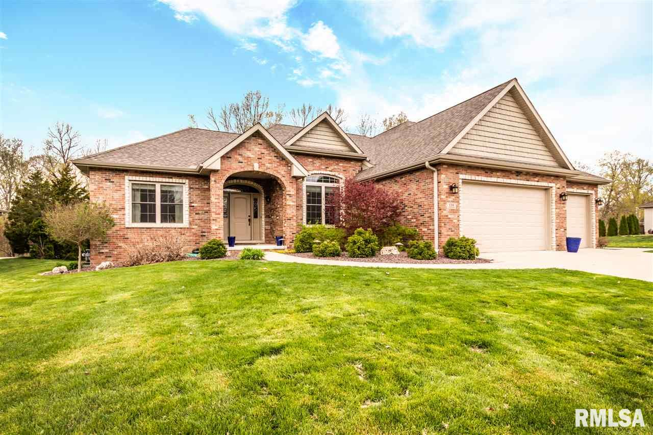 114 OAKRIDGE Property Photo - East Peoria, IL real estate listing