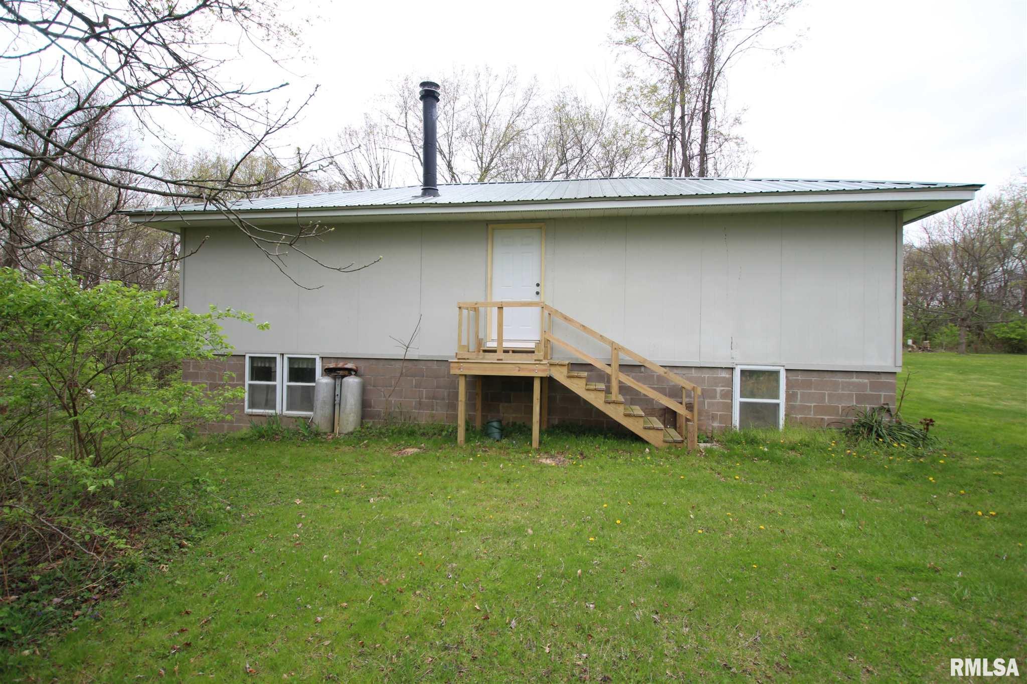 8327 W TUSCARORA Property Photo - Mapleton, IL real estate listing