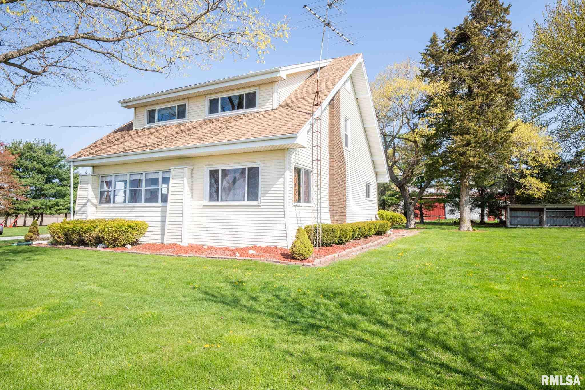 15632 E IL HWY 116 Property Photo - Fairview, IL real estate listing