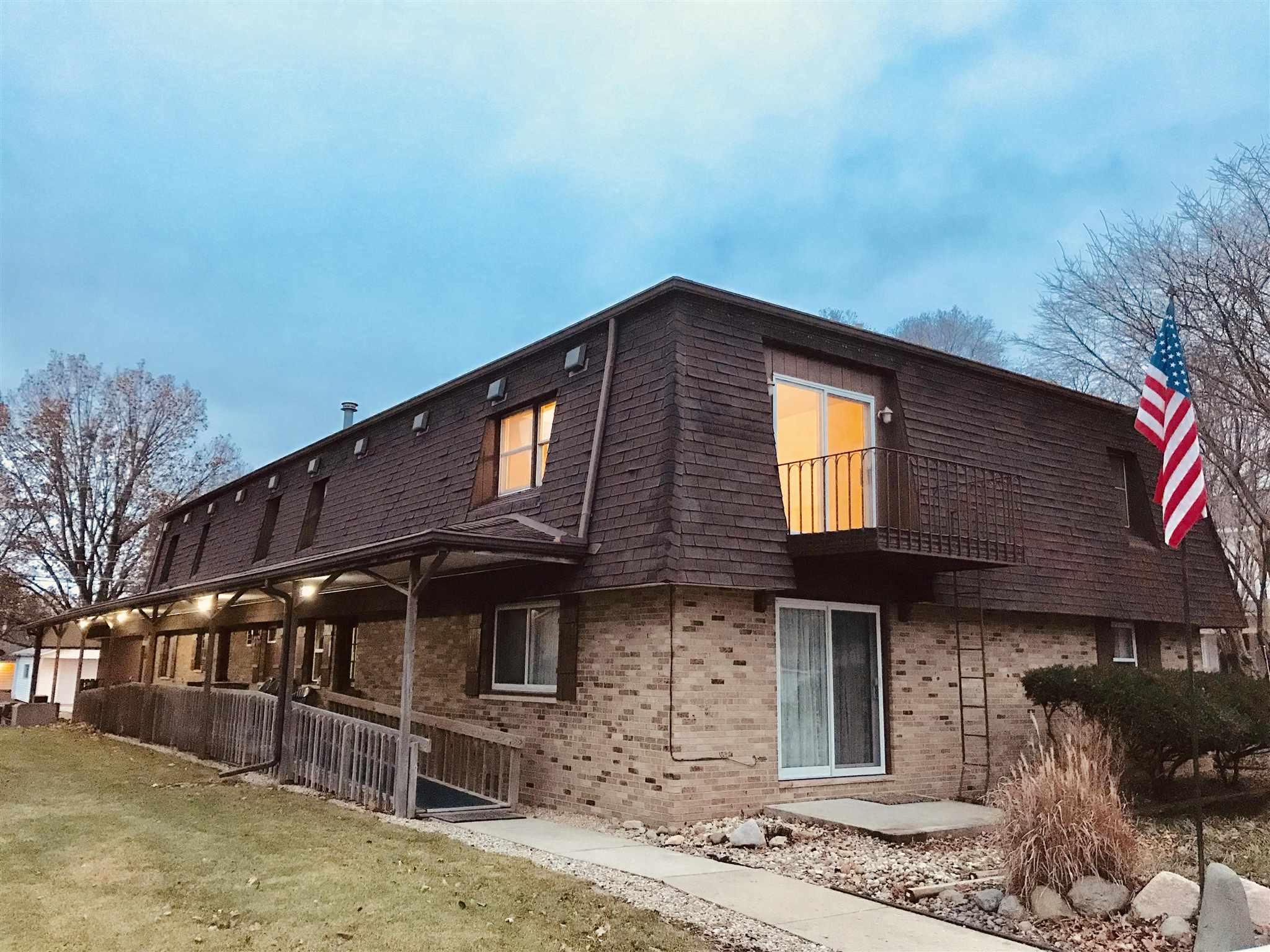 206 E CENTRAL Property Photo - Minier, IL real estate listing