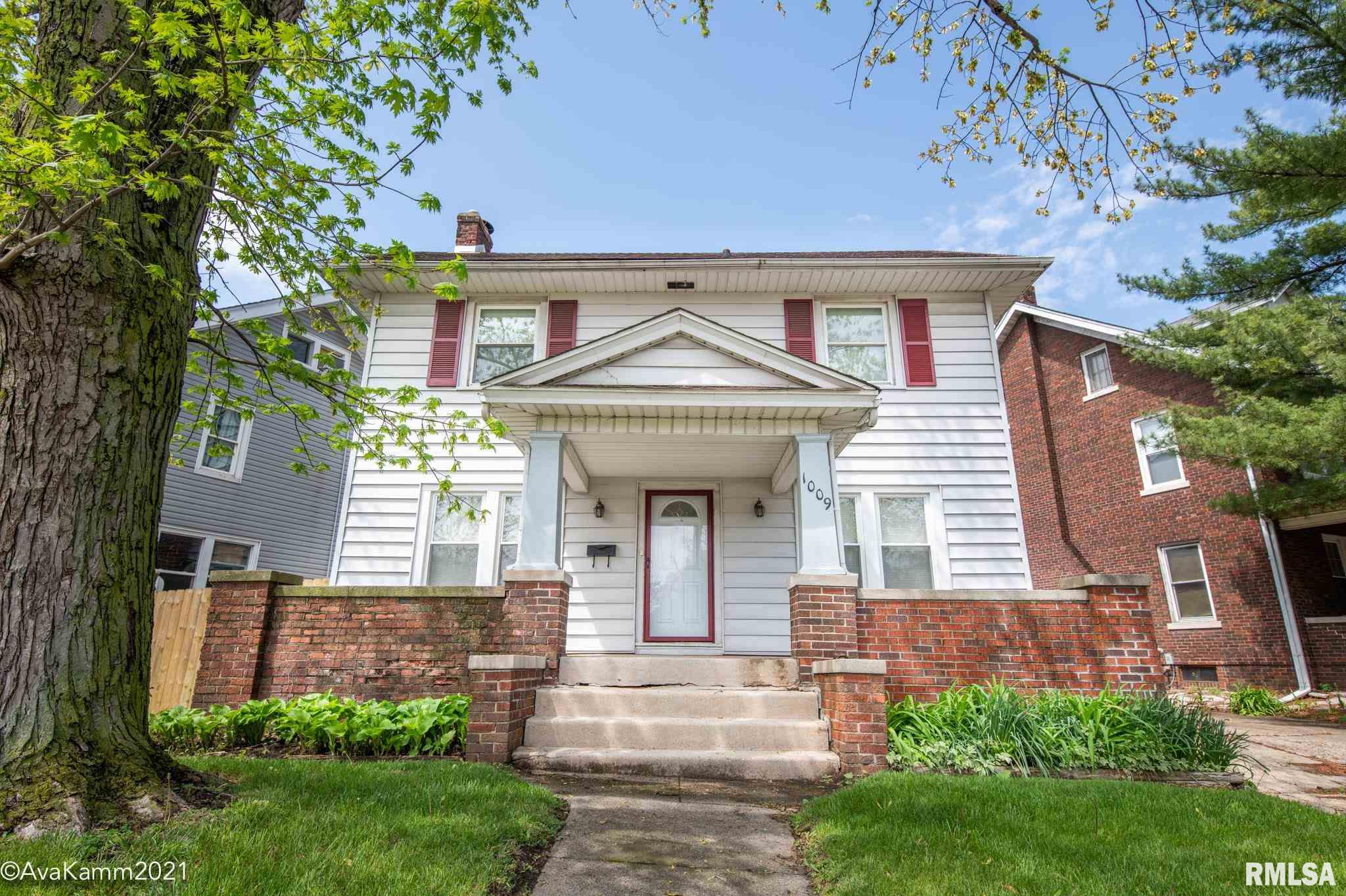 1009 N FARMINGTON Property Photo - Peoria, IL real estate listing