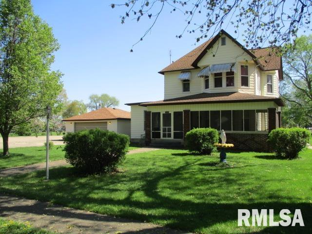 1002 SCHOOL Property Photo - Henry, IL real estate listing