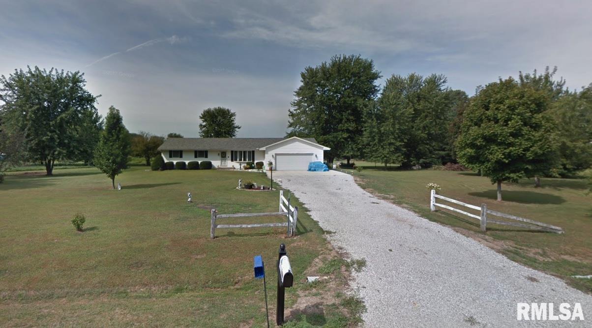 1637 GREENBRIAR Property Photo - Metamora, IL real estate listing