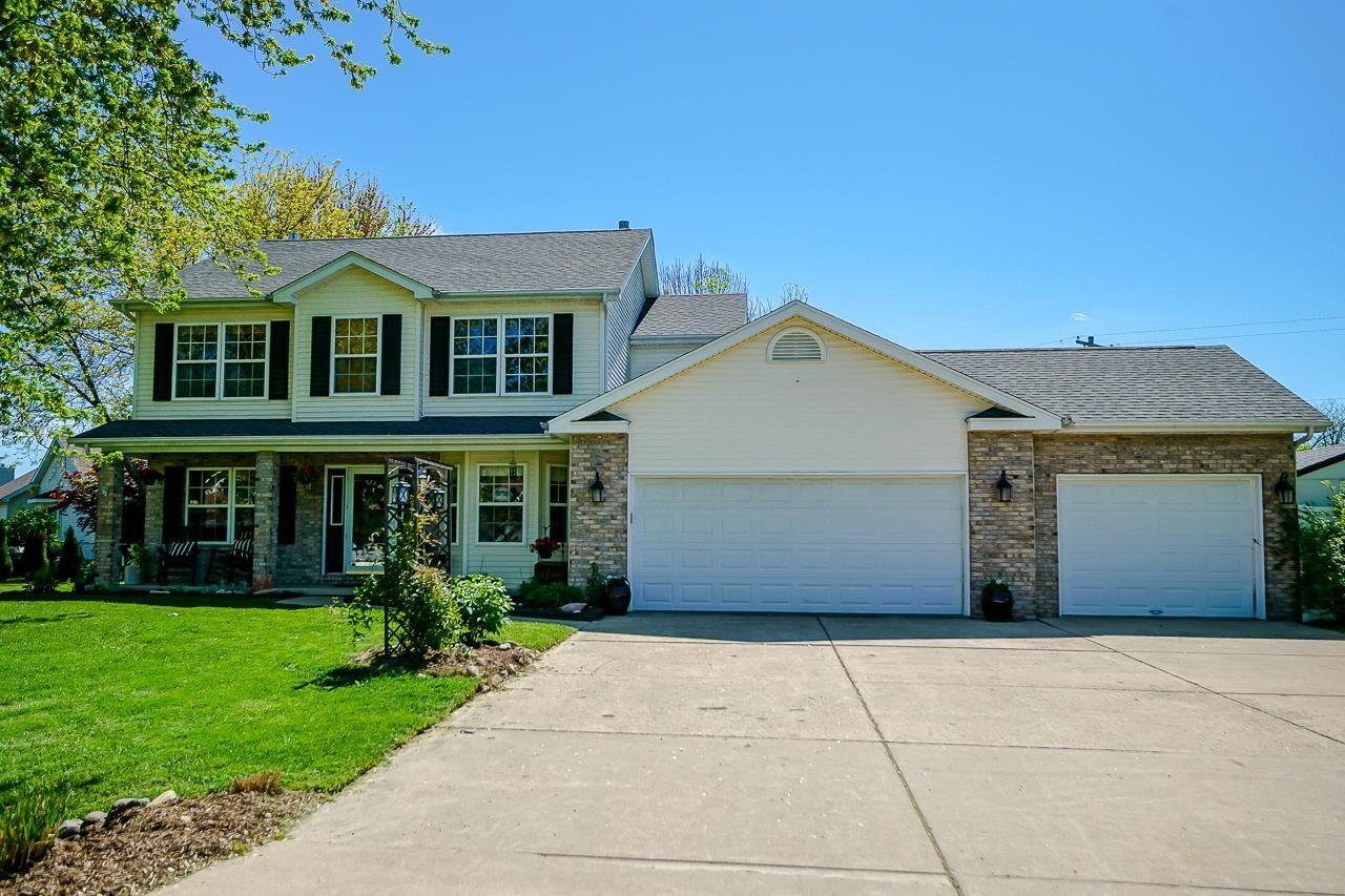714 DEVON Property Photo - Germantown Hills, IL real estate listing