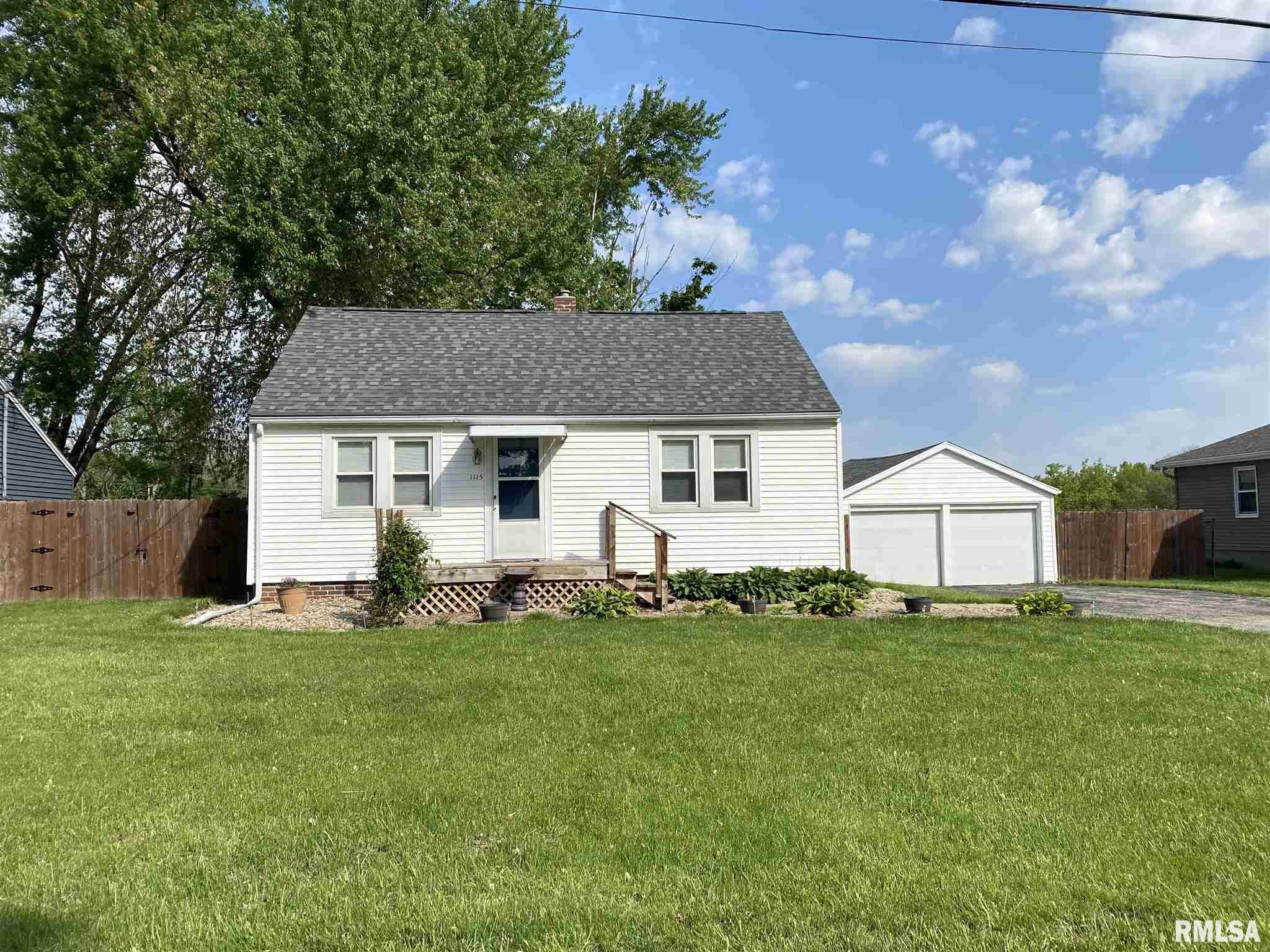 1115 S SCHMIDT Property Photo - Peoria, IL real estate listing