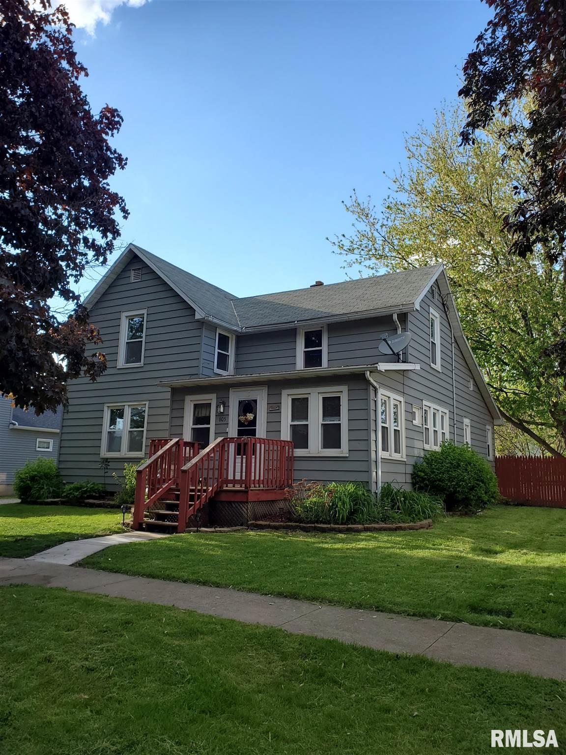 605 W MOUND Property Photo - Elmwood, IL real estate listing