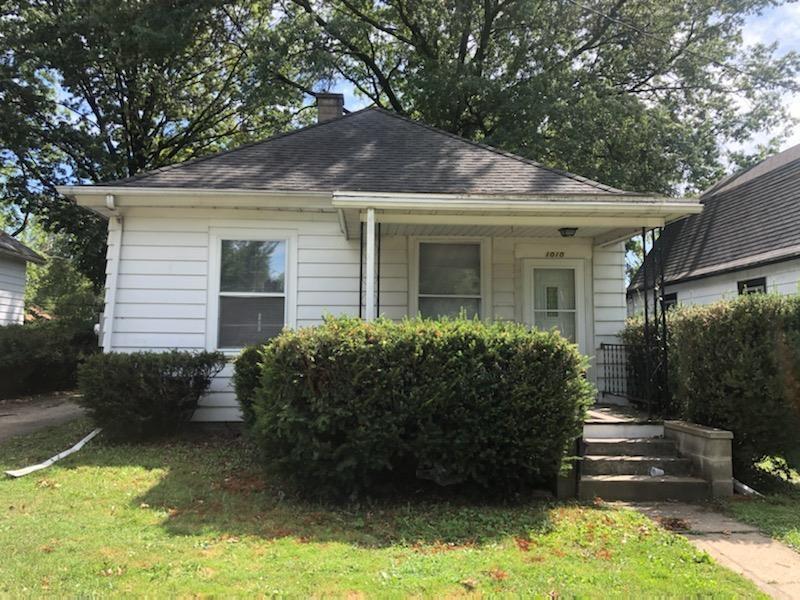 1010 W Thrush Avenue Property Photo
