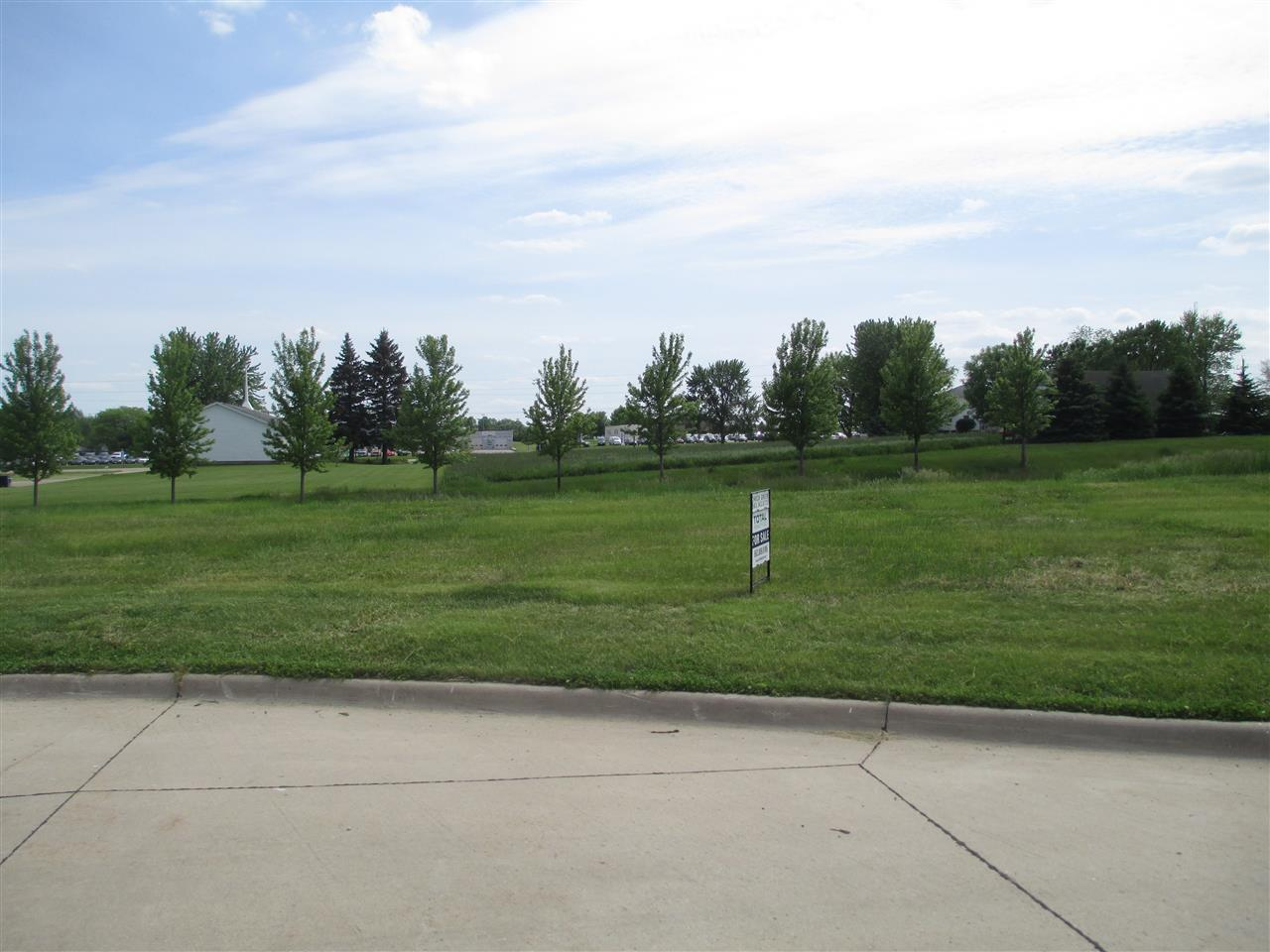 Lot 20 Garden Green Property Photo - De Witt, IA real estate listing