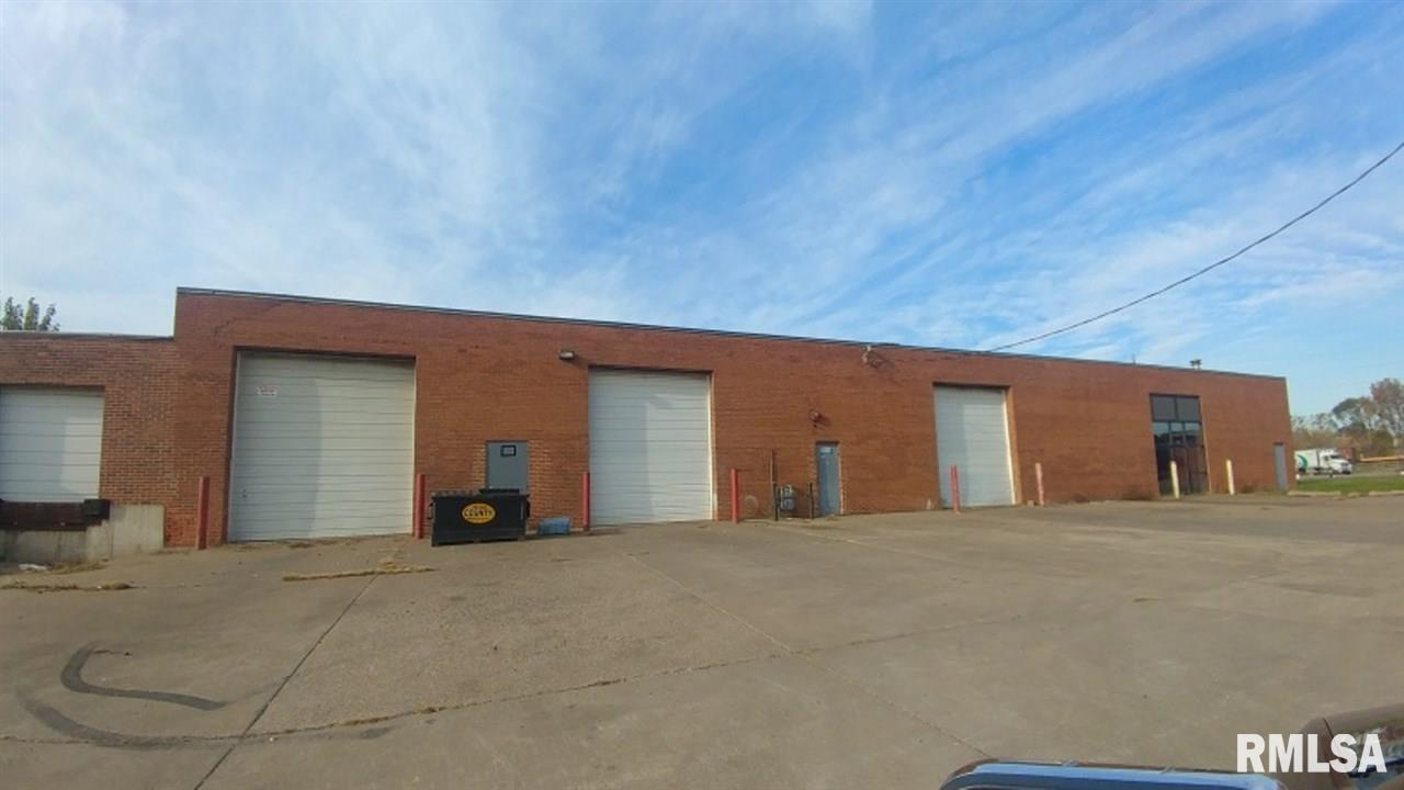 758 SCHMIDT Property Photo - Davenport, IA real estate listing