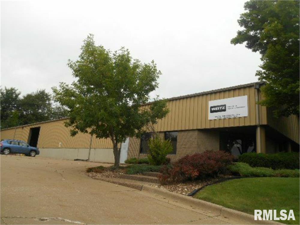 5402 TREMONT Property Photo - Davenport, IA real estate listing