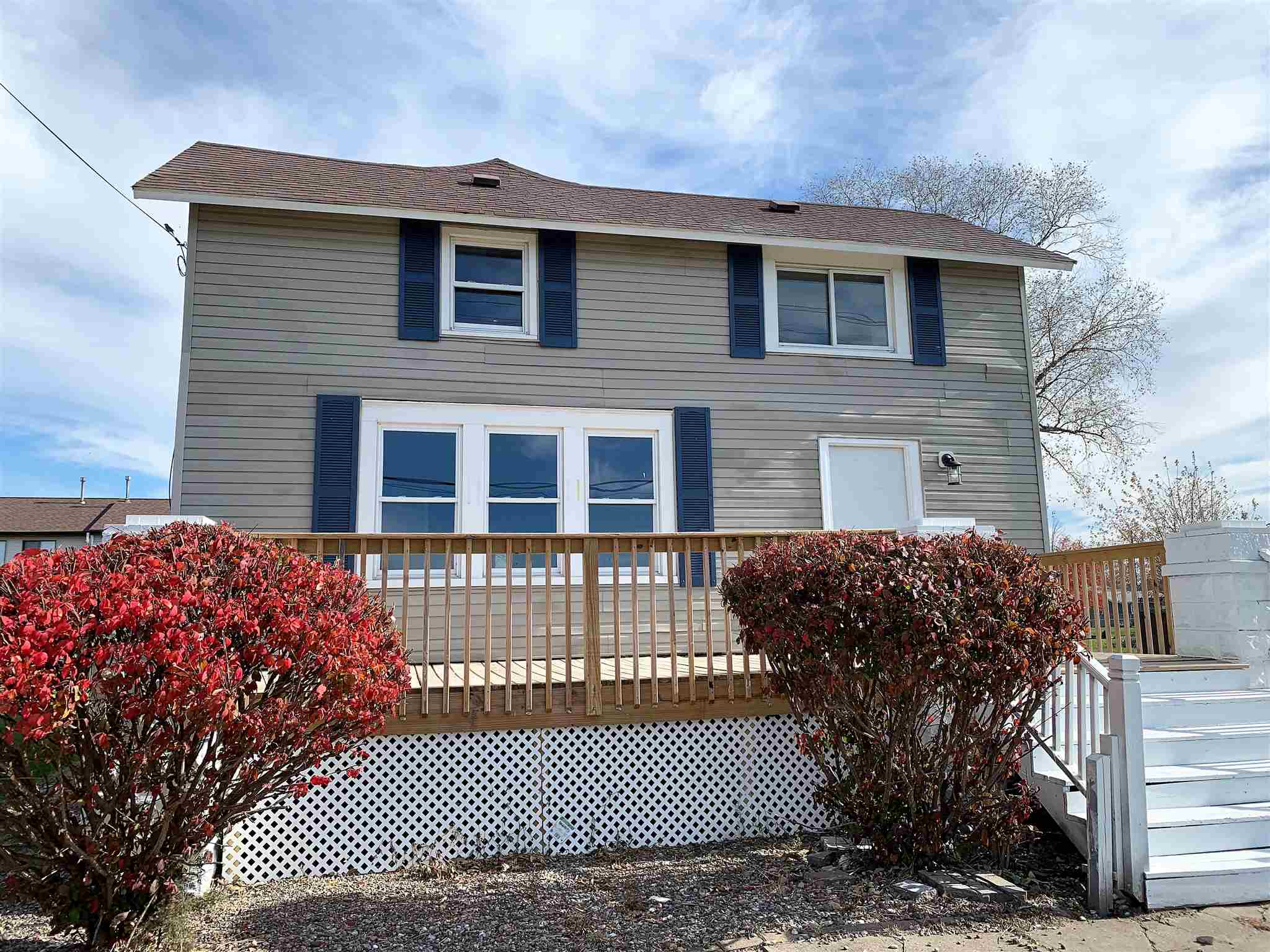 1719 Houser Property Photo - Muscatine, IA real estate listing