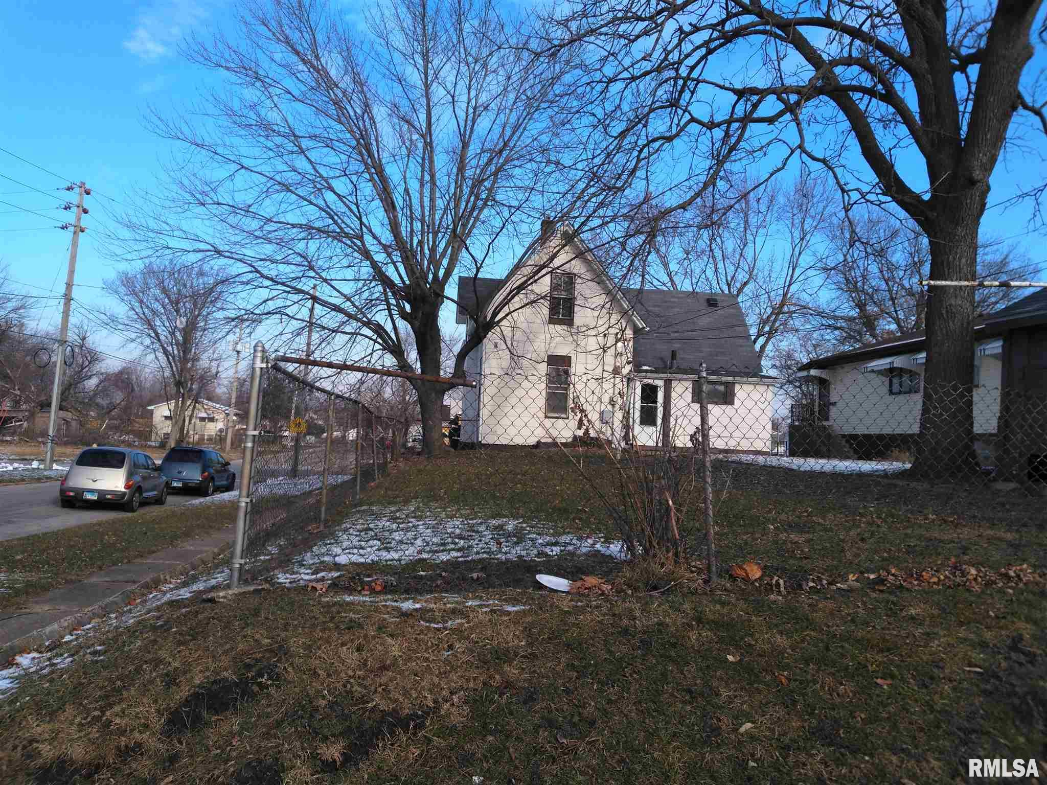 702 11TH Property Photo - Rock Island, IL real estate listing