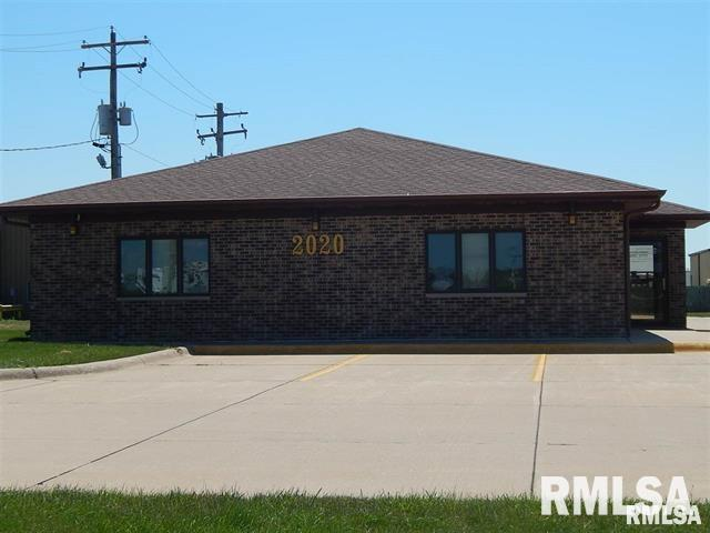 2020 SE 3RD Property Photo - Aledo, IL real estate listing