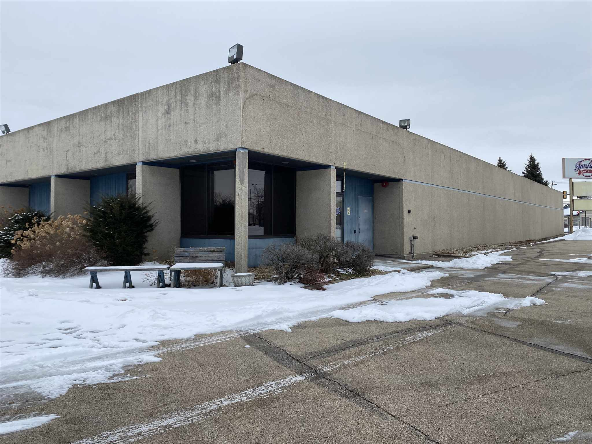 5010 22ND Property Photo - Moline, IL real estate listing