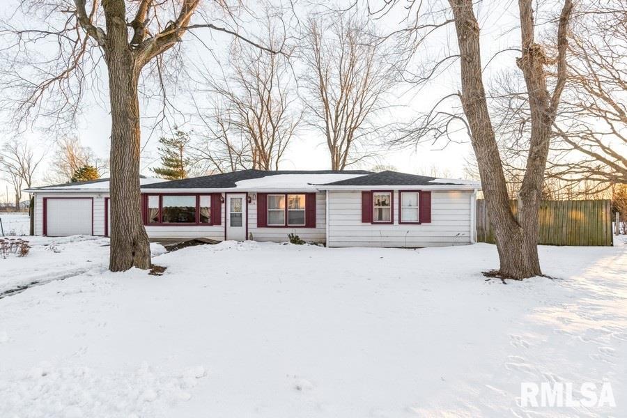 19609 FELLOWS Property Photo - Morrison, IL real estate listing
