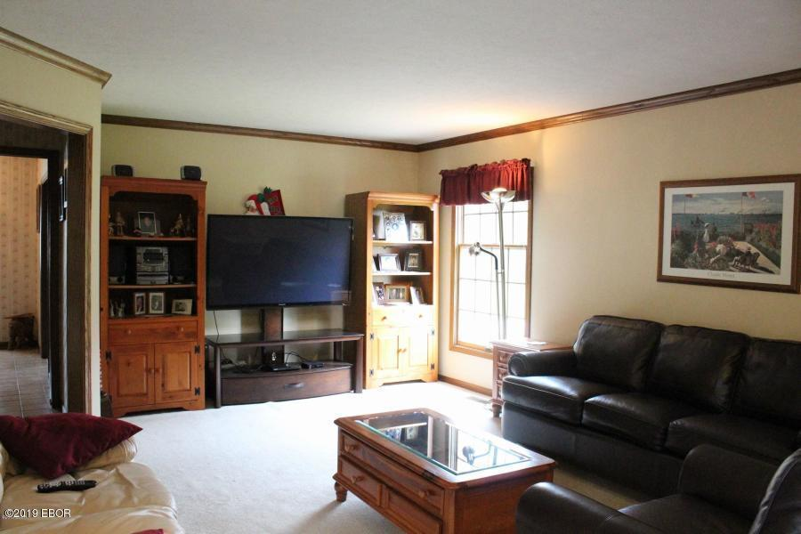 2915 W Alveria Drive Property Photo 1