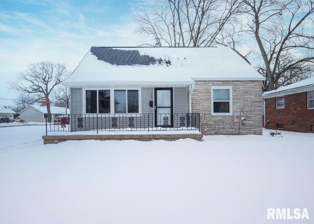 253 6TH Property Photo - Silvis, IL real estate listing