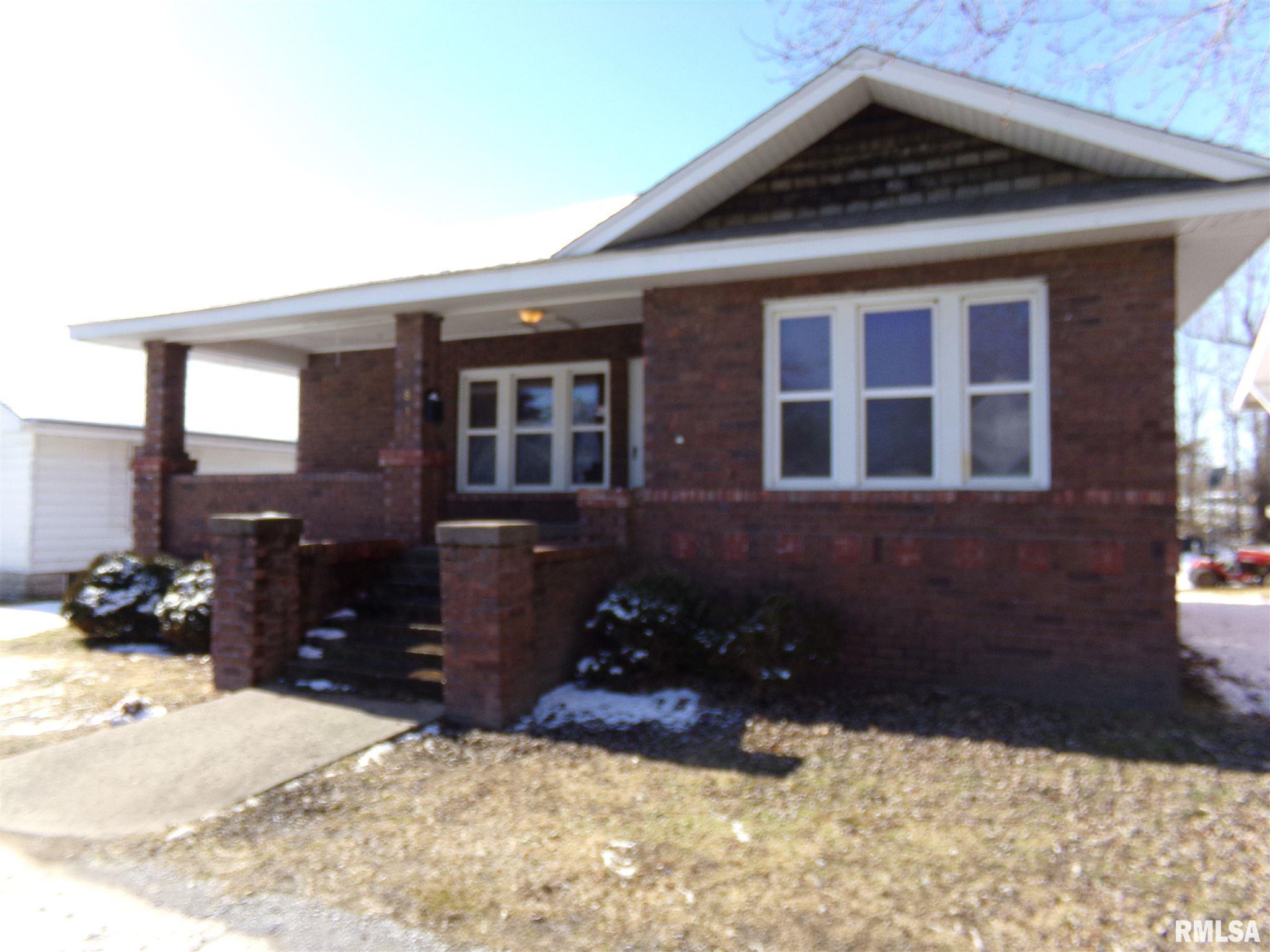 817 N 18TH Street Property Photo 1