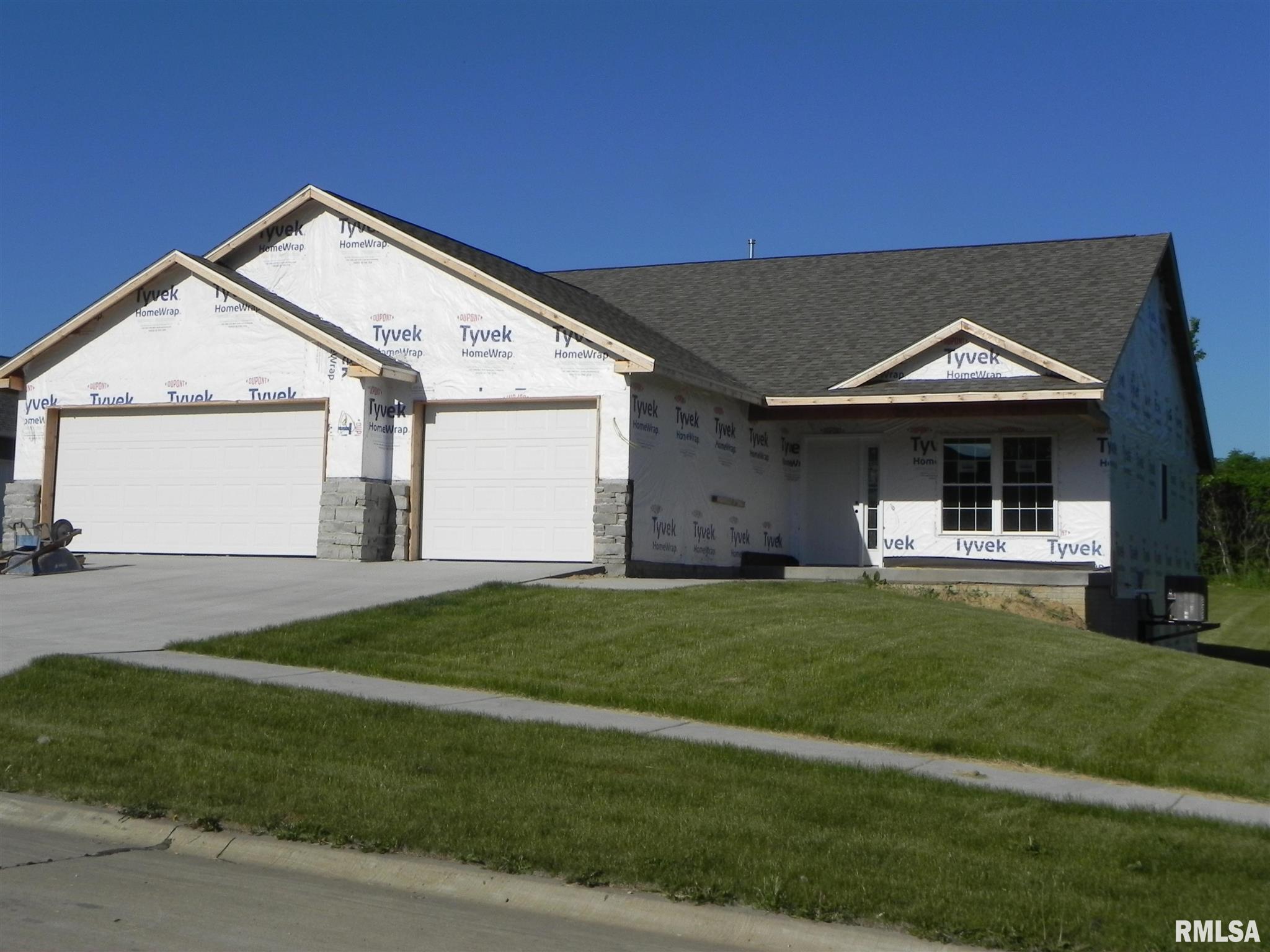 1705 E 6TH Property Photo - Coal Valley, IL real estate listing