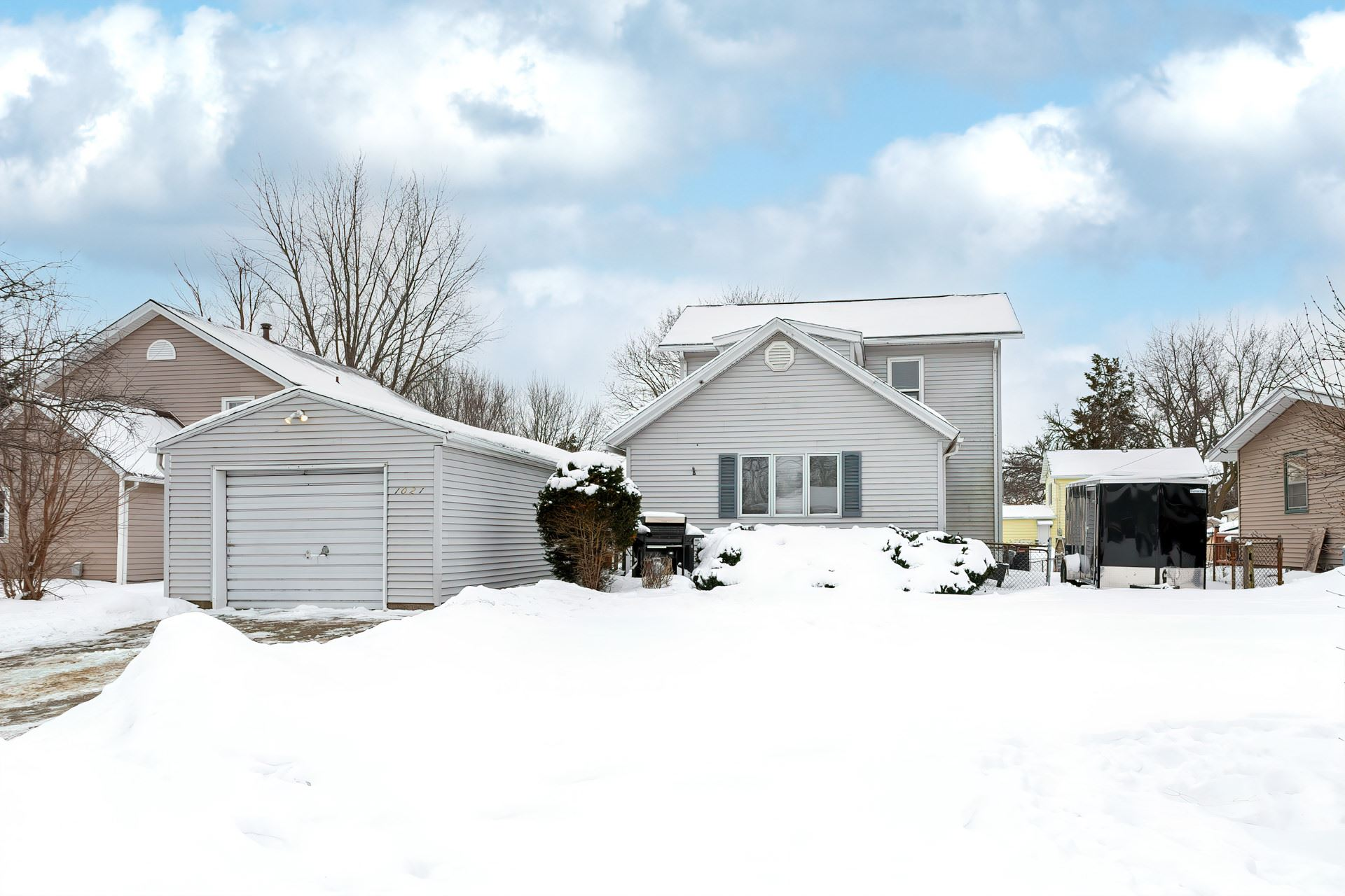 1021 CLIMER Property Photo - Muscatine, IA real estate listing