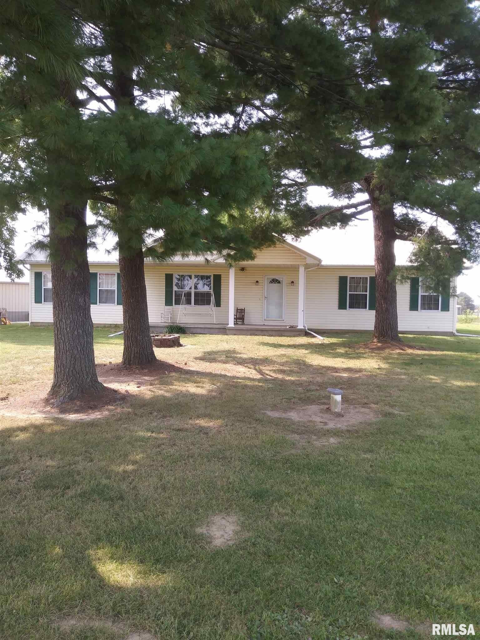 12827 Webb Hill Property Photo - Ewing, IL real estate listing