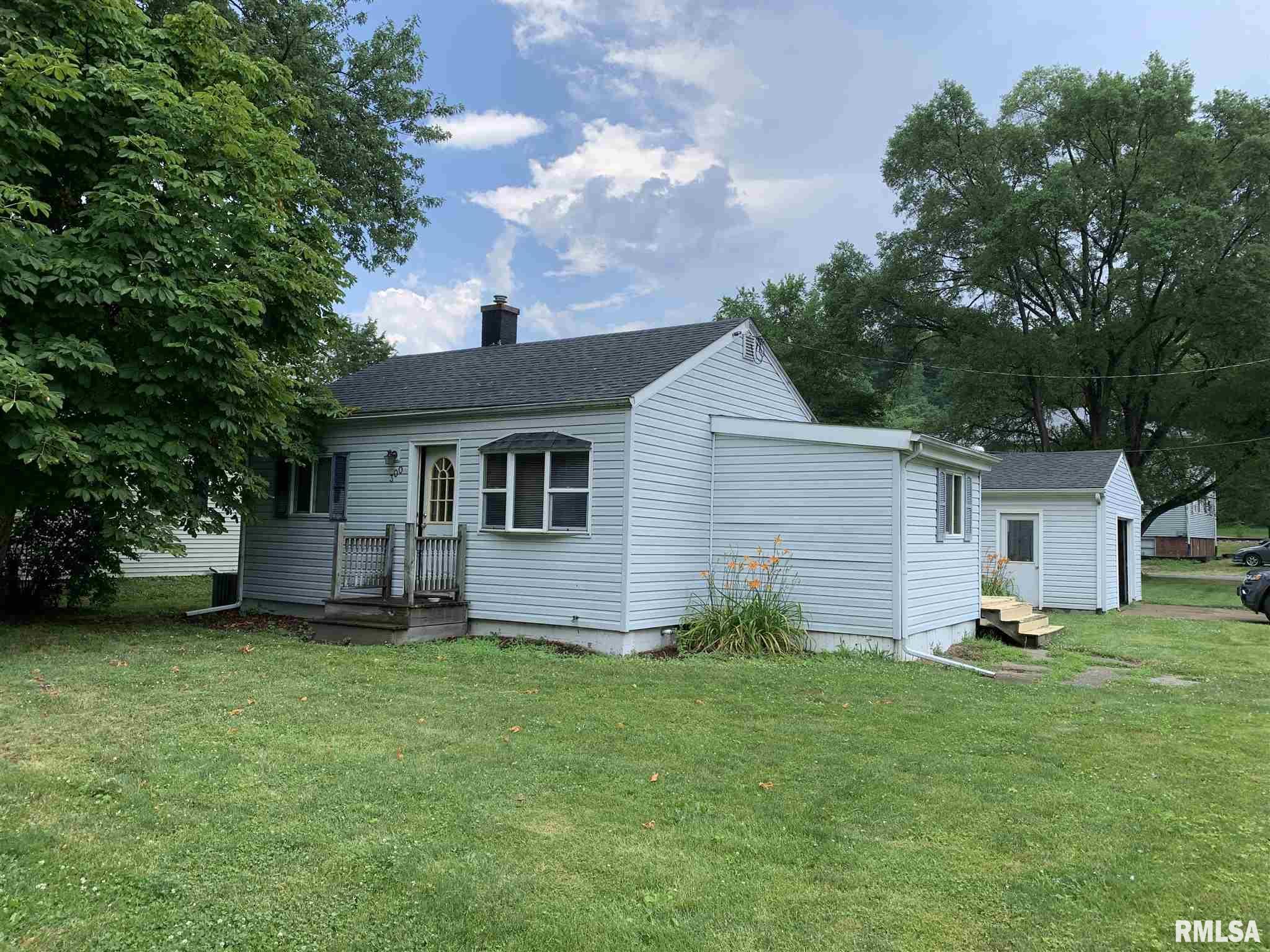 300 3RD Property Photo - Hampton, IL real estate listing