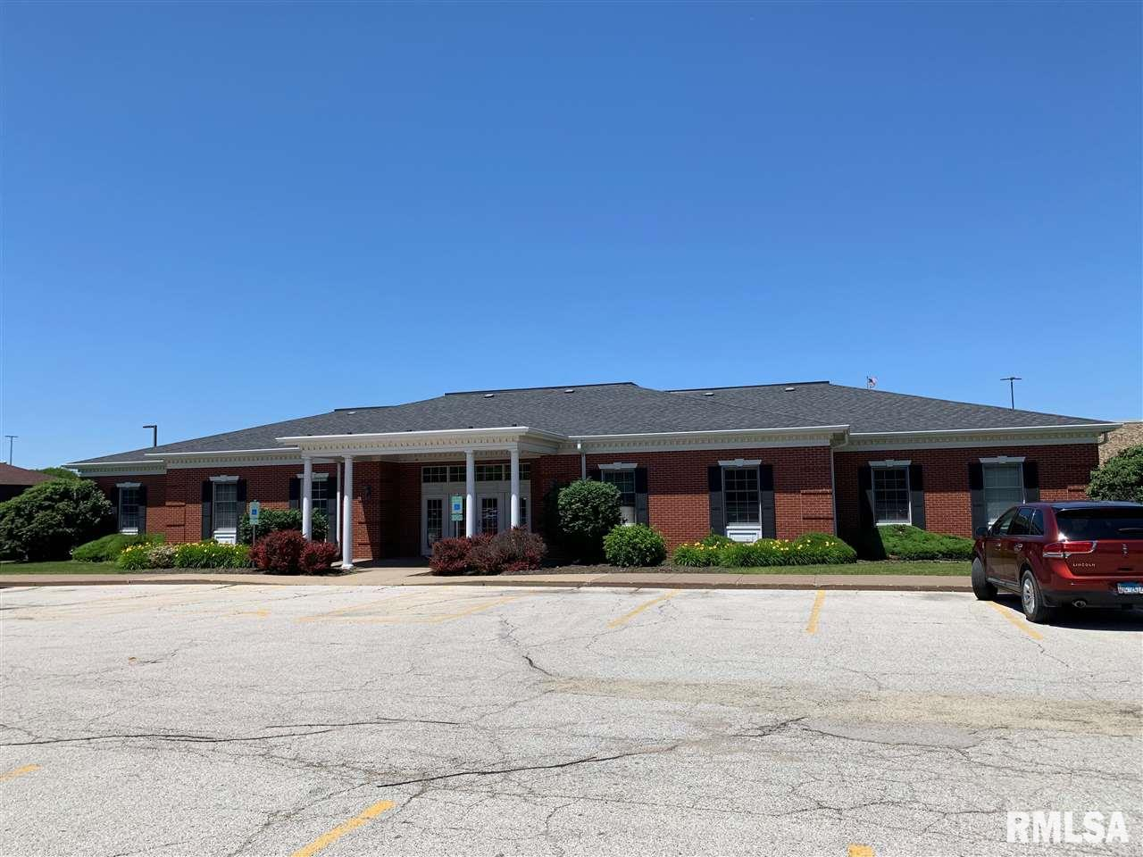 1901 52ND Property Photo - Moline, IL real estate listing
