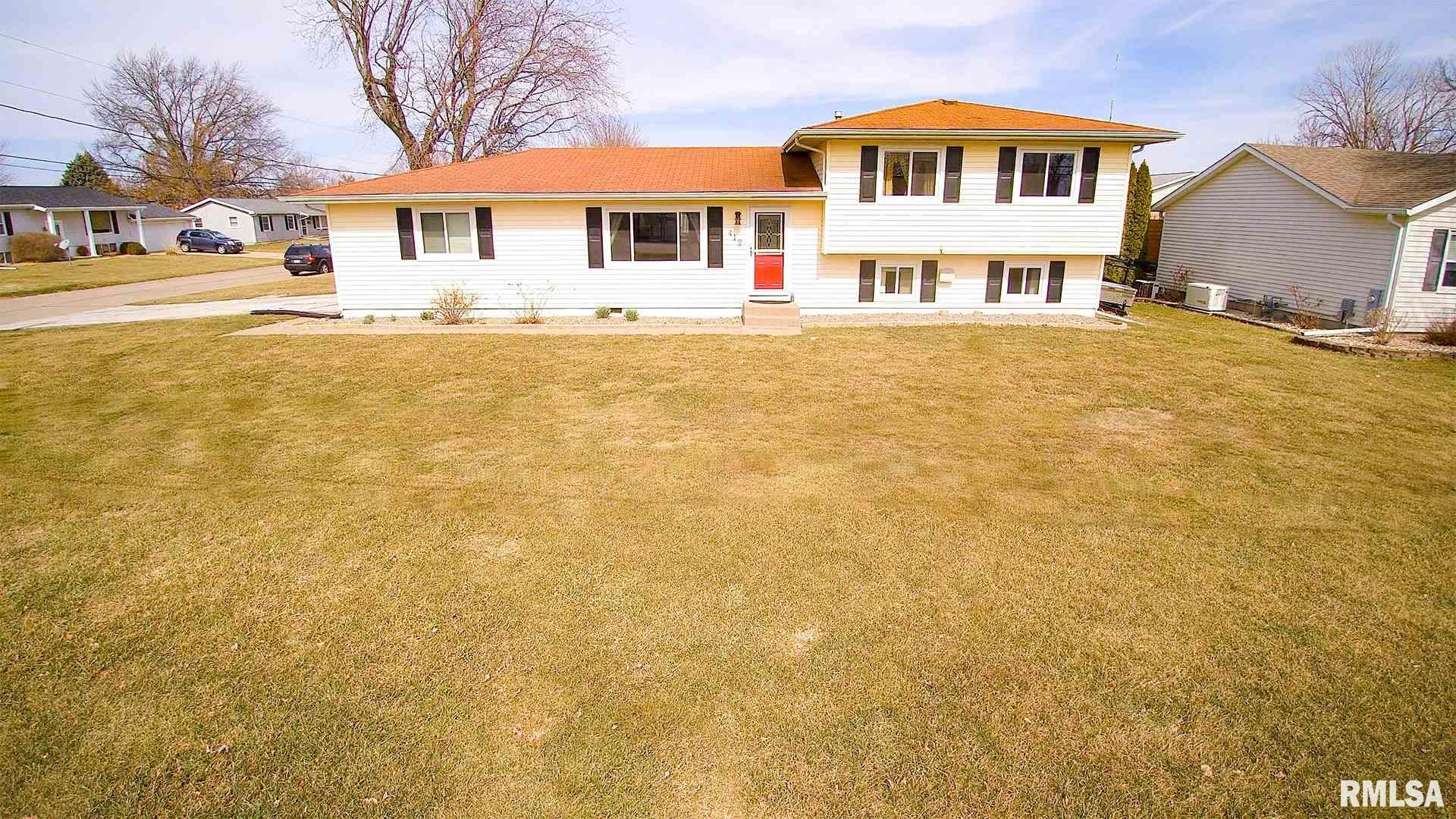 412 E 19TH Property Photo - Coal Valley, IL real estate listing