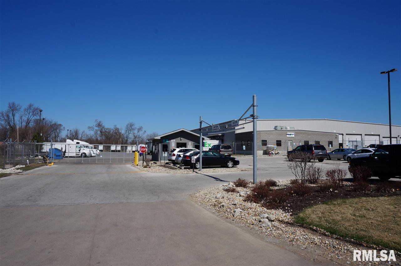 3501 69TH Property Photo - Moline, IL real estate listing