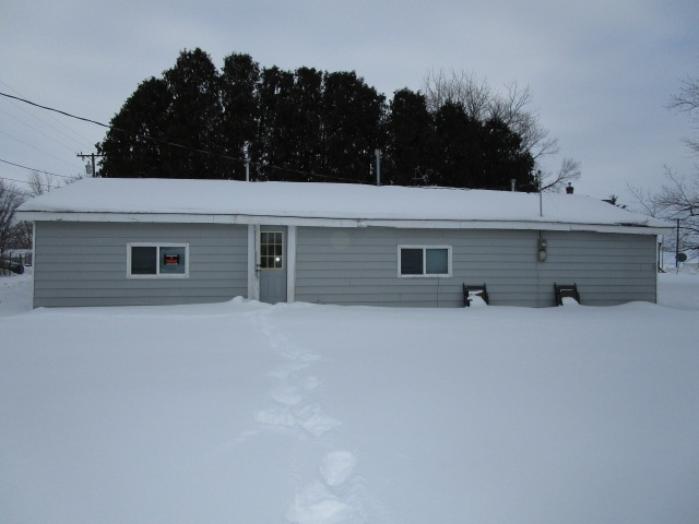 52769 Real Estate Listings Main Image