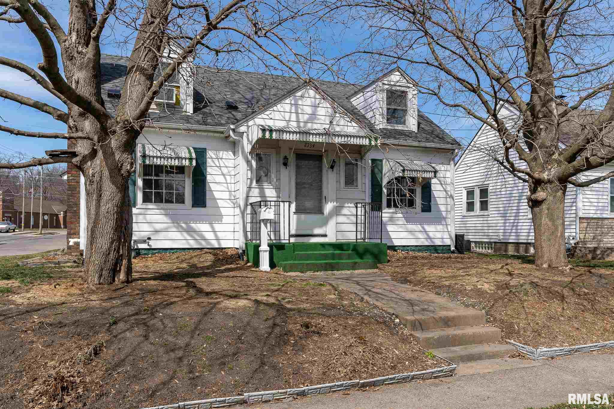 2734 WHITEWOOD Property Photo - Davenport, IA real estate listing
