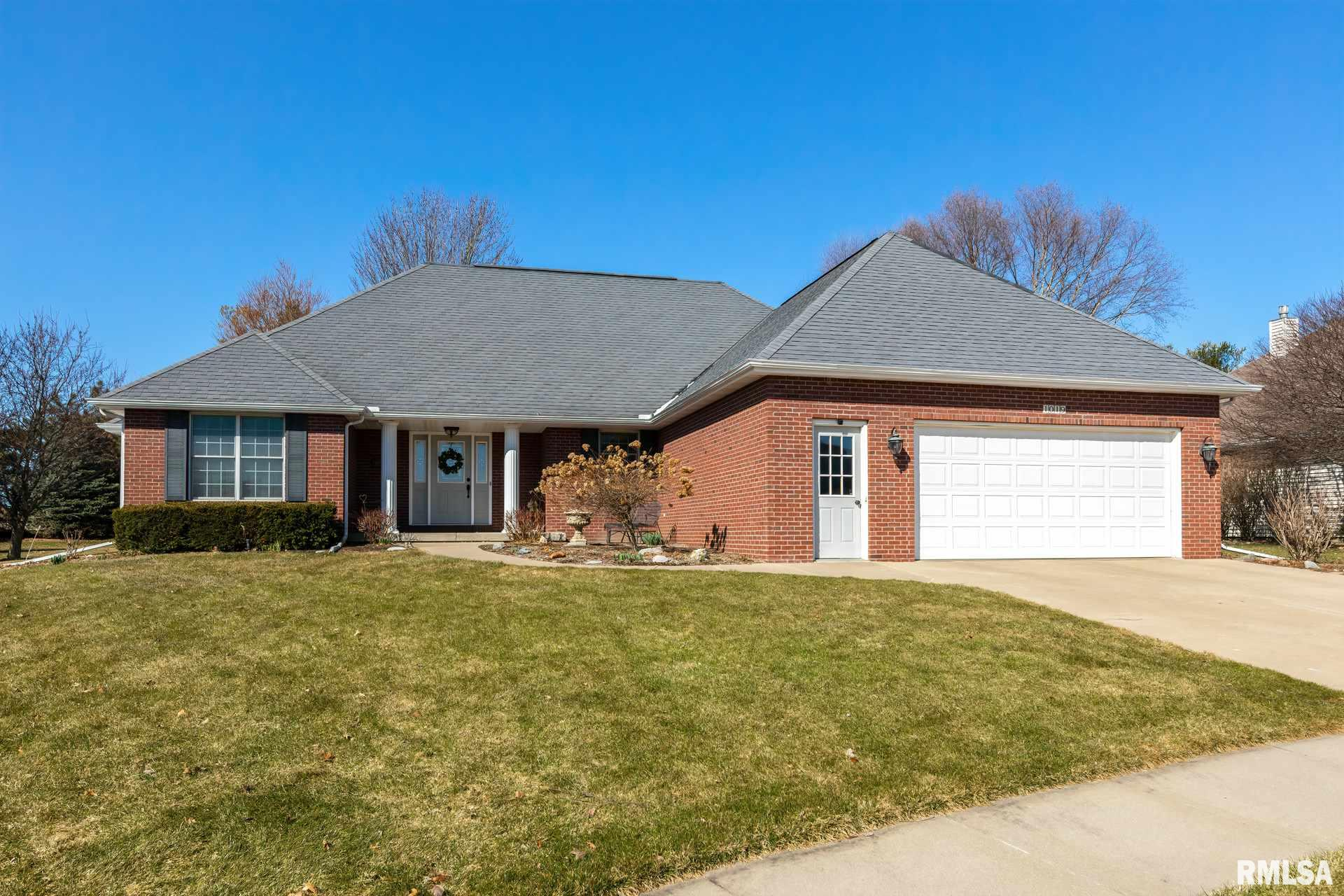 1019 McGwire's Property Photo - Geneseo, IL real estate listing