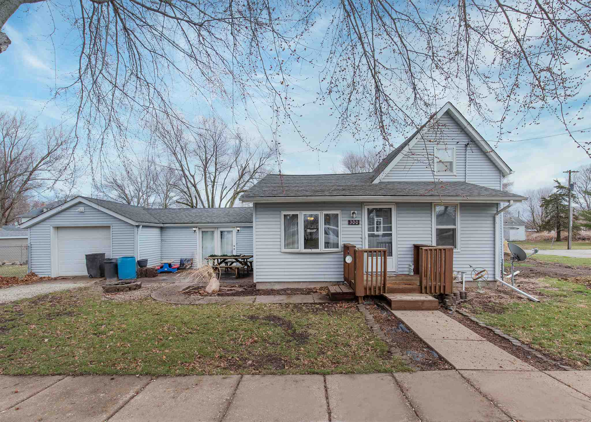300 N 5TH Property Photo - New Windsor, IL real estate listing