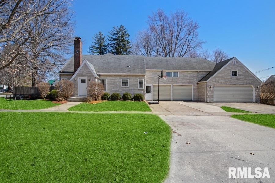 520 ELM Property Photo - Wilton, IA real estate listing
