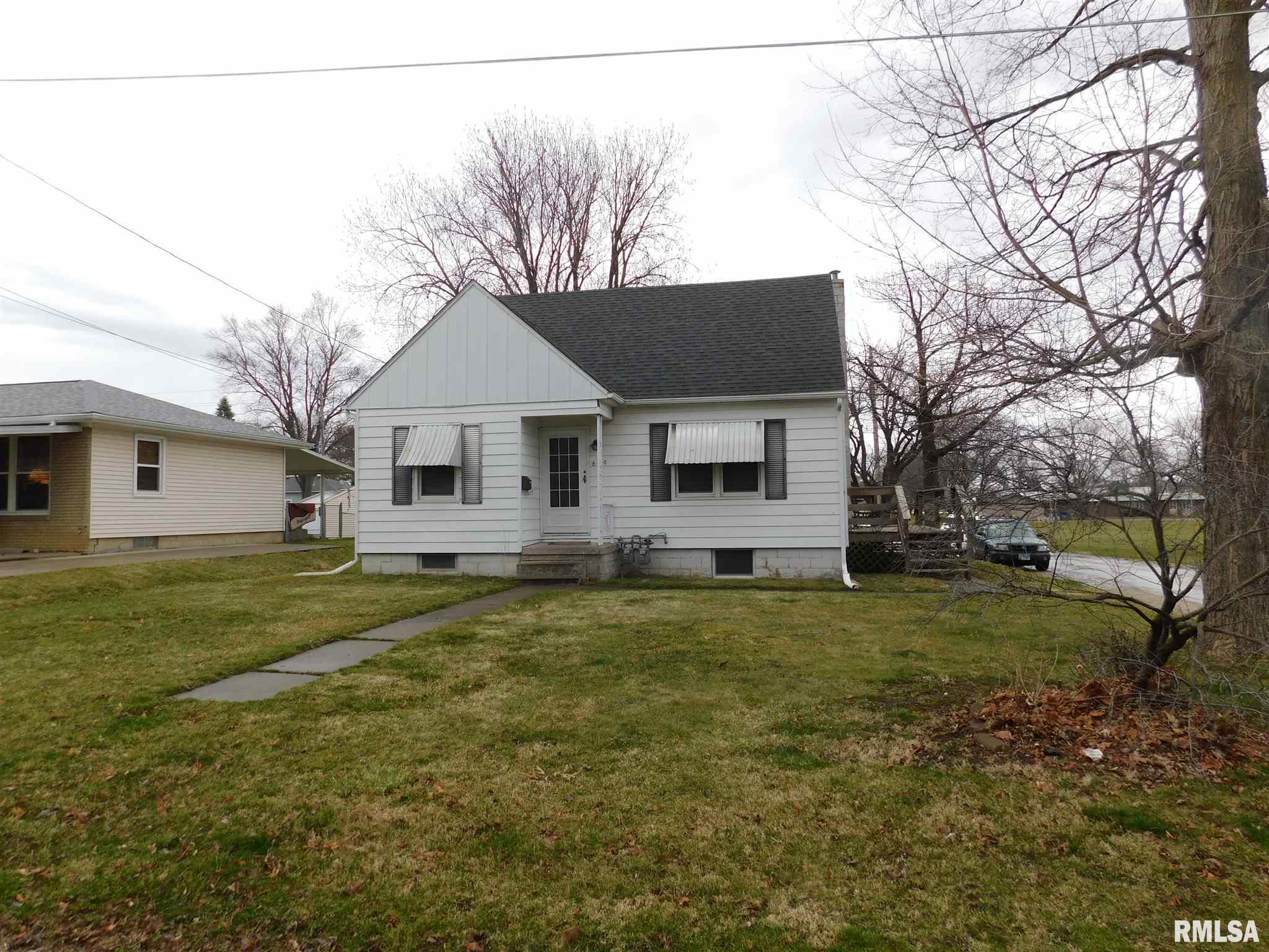 629 15TH Property Photo - Silvis, IL real estate listing