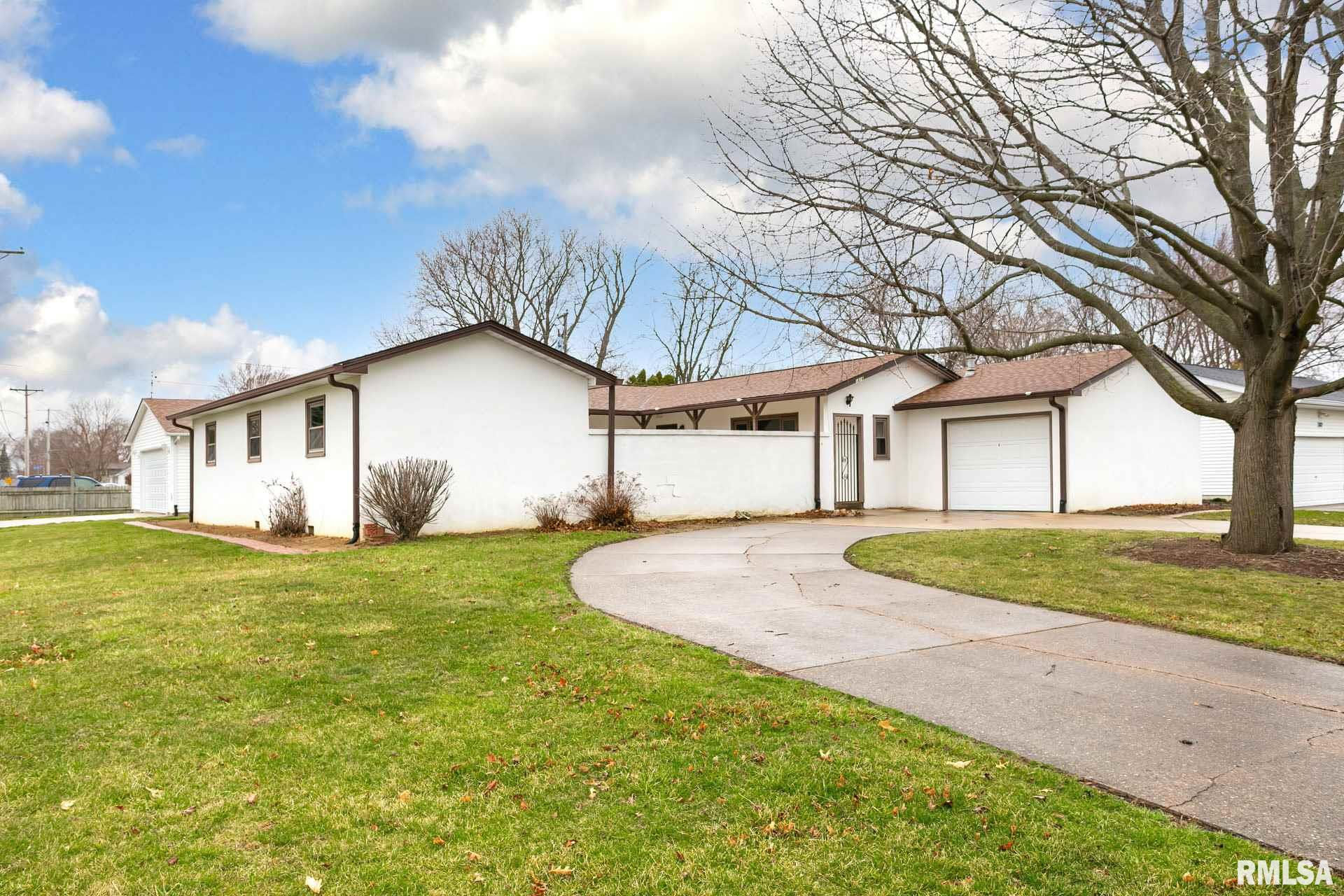 1816 E 4TH Property Photo - Coal Valley, IL real estate listing