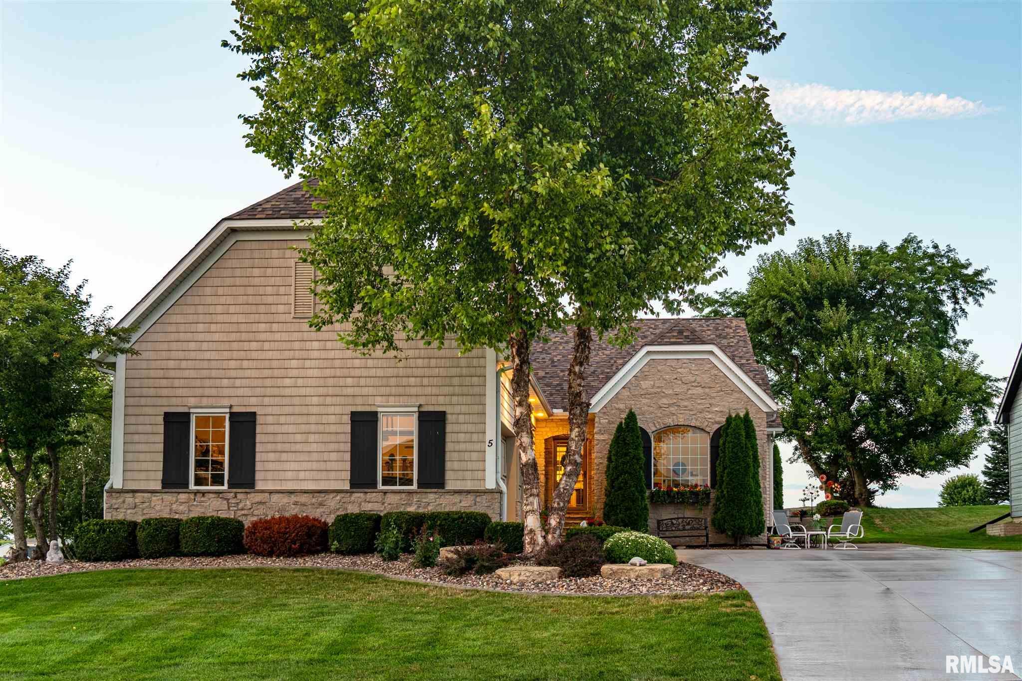 5 SANDSTONE Property Photo - Le Claire, IA real estate listing