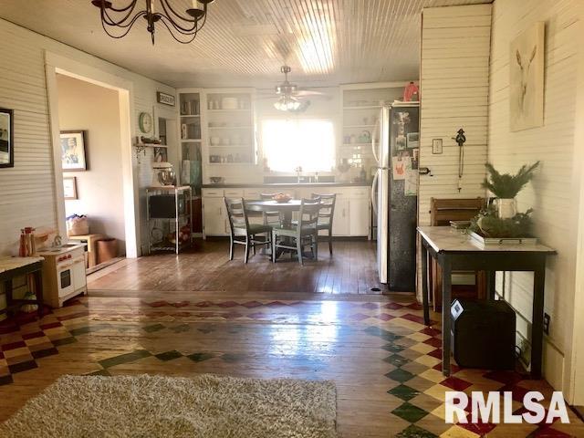 110 Walnut Street Property Photo 11