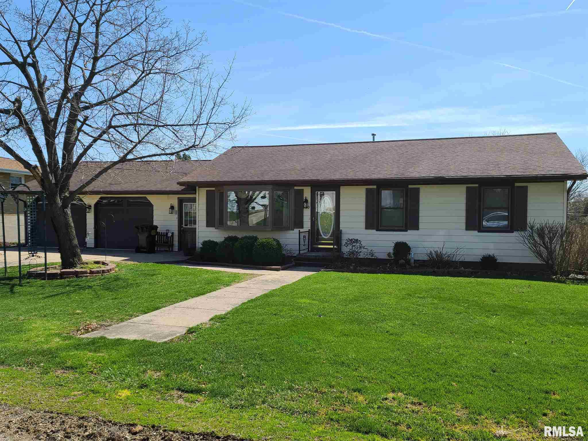 900 2ND Property Photo - Fulton, IL real estate listing