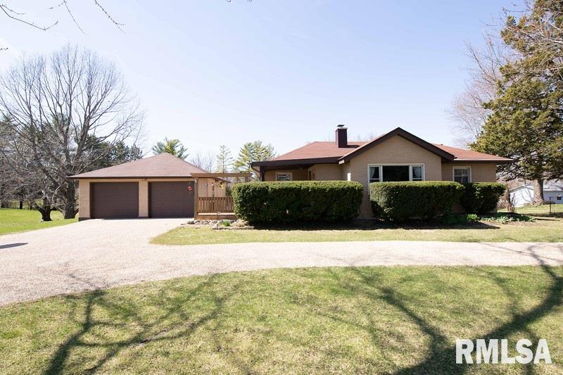 9820 104TH Property Photo - Coal Valley, IL real estate listing