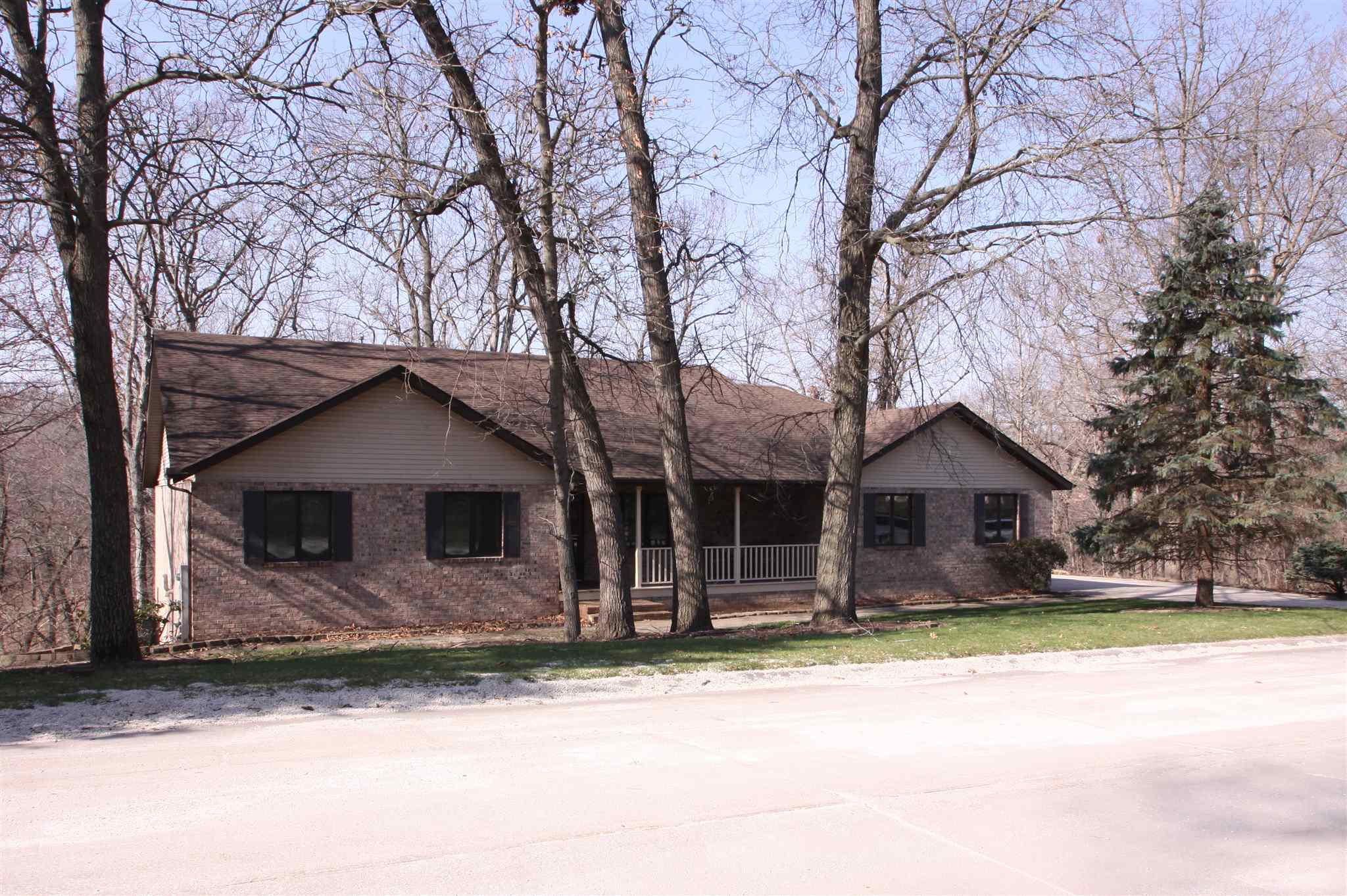 18 WHITE OAK Property Photo - Coal Valley, IL real estate listing