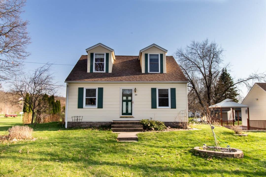 310 10TH Property Photo - Cordova, IL real estate listing