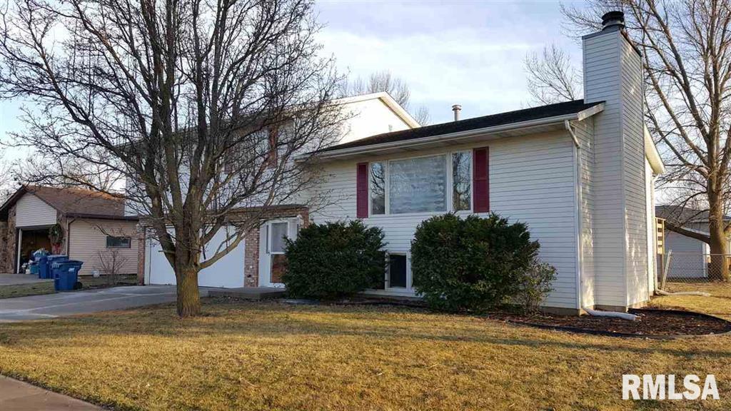 1002 26TH Property Photo - Silvis, IL real estate listing