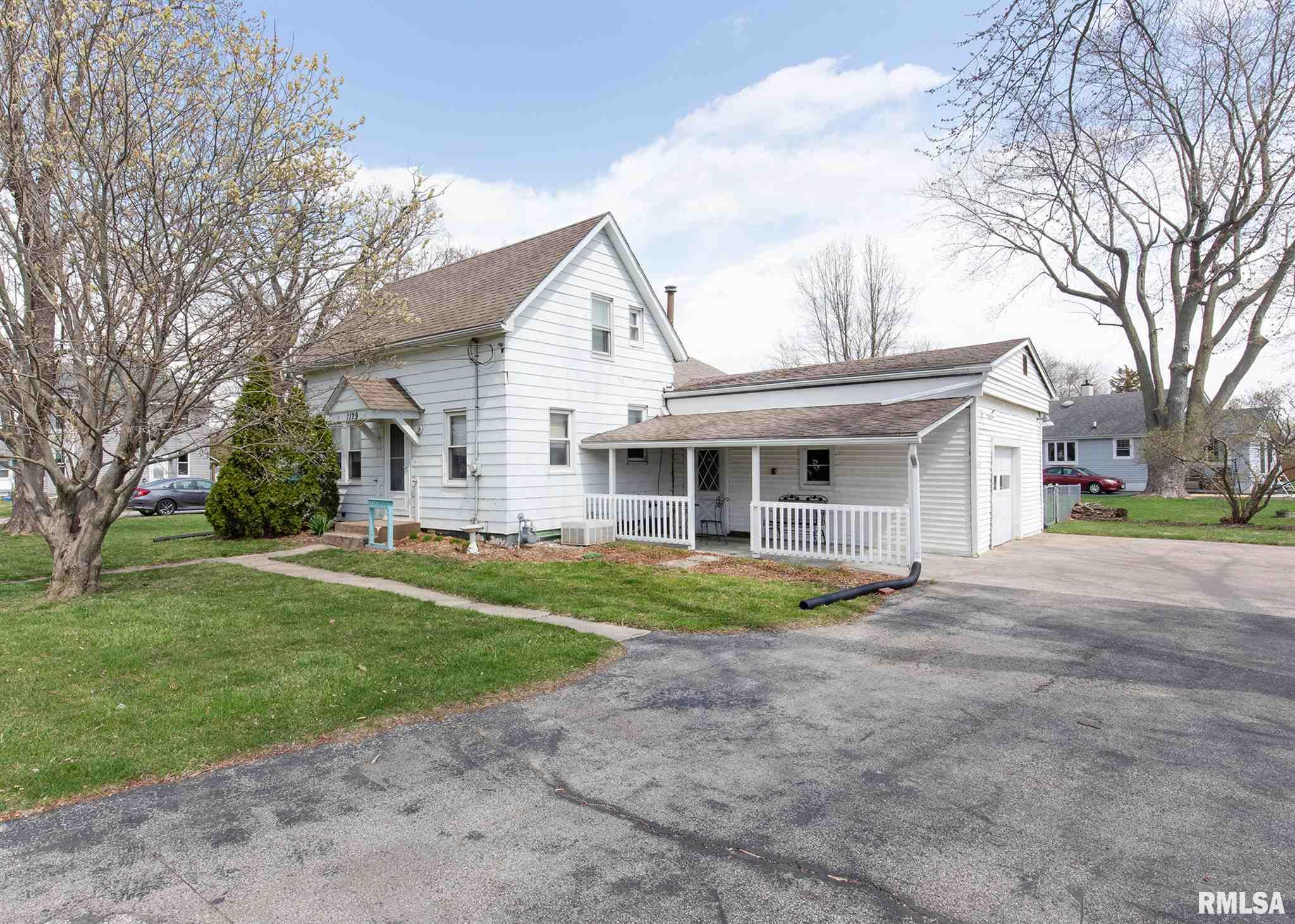 1129 HOSPITAL Property Photo - Silvis, IL real estate listing